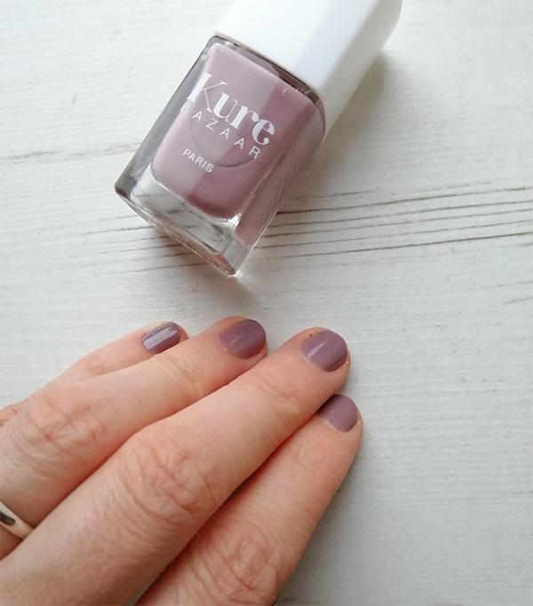 Kure Bazaar nail polish Chloe - swatch